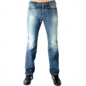 Diesel-Jeans-Diesel-Iakop-814A-Regular-Slim-Tapered-0
