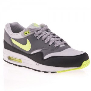 Nike-Air-max-1-essential-537383070-Baskets-Mode-Homme-0